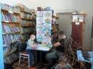 Drzewko wielkanocne w bibliotece (2)